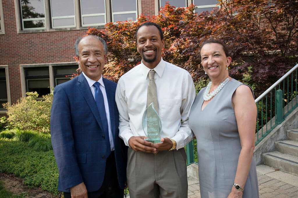 Dr. Henry Green pictured with Dean Reed and Dr. Christine Jenkins of Zoetis