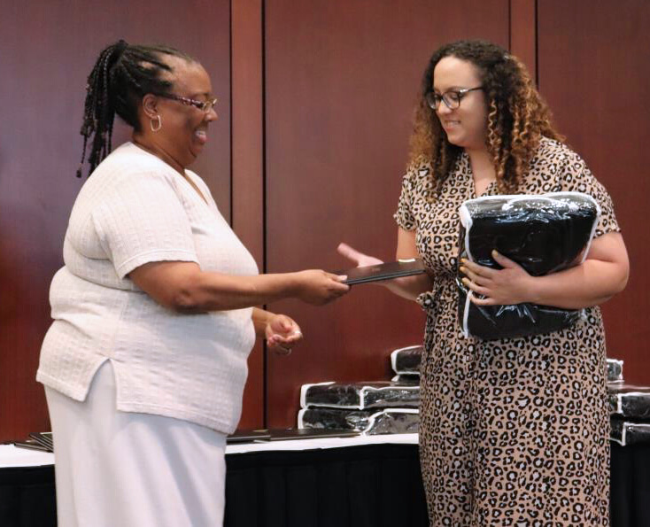 Recognition Ceremony Honors VCS Residents, Graduate Students