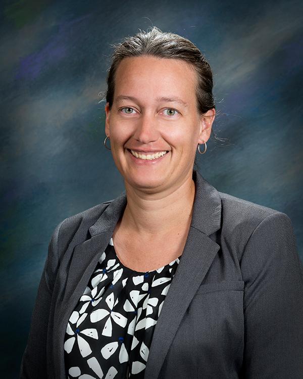 Dr. Marije Risselada